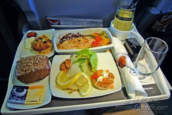 各国航空公司飞机餐大比拼